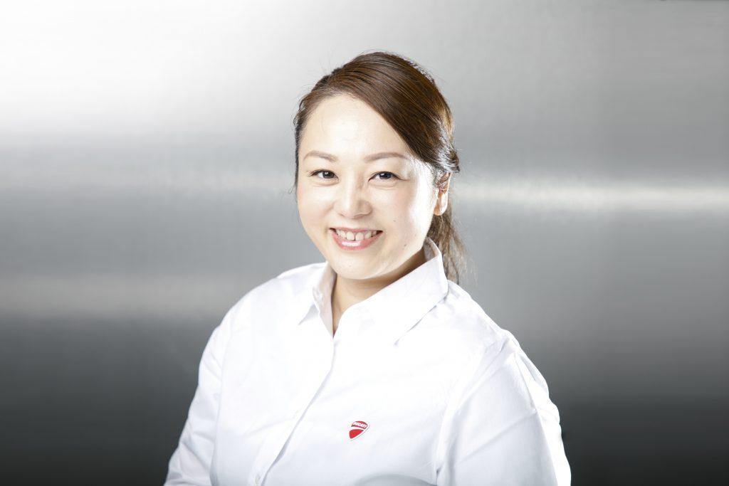 YUKARI YOSHIDA